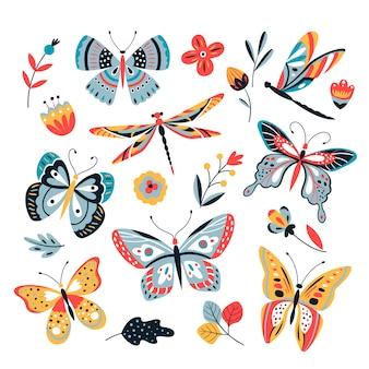 Vlinder aan bloemen. insect libellen vlinders mot en bloem hand getrokken schets set