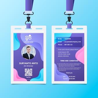 Vloeibare achtergrond voor- en achterkant id-kaartsjabloon