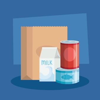 Voedsel in blik met doos melk en zakpapier