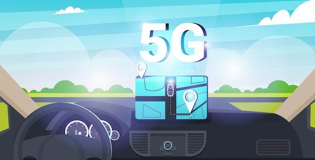 Voertuigcockpit met slimme rijhulp 5g online communicatienetwerk draadloze systemen verbindingsconcept