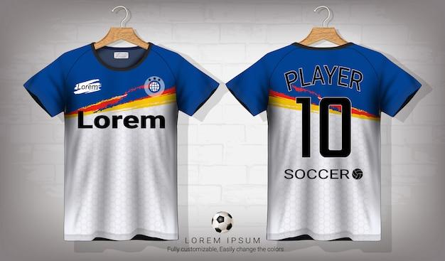 Voetbal shirt en t-shirt sport mockup sjabloon.