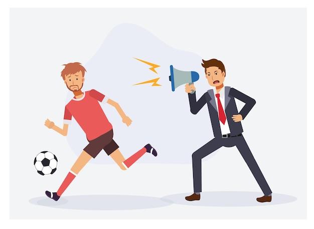 Voetbalmanager met megafoon schreeuwt tegen voetballer