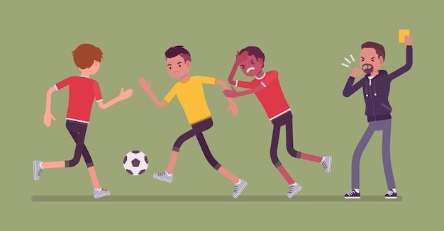Voetbalscheidsrechter houdt een gele kaart voor teamspeler
