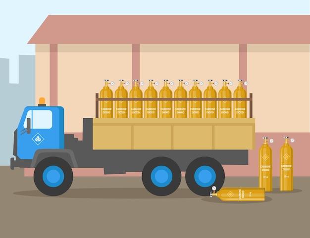 Vrachtwagen met ballonnen van kooldioxide vlakke afbeelding. voertuig dat industriële brandstof vervoert, cilinders met gevaarlijk gas, gasopslag. industrie, brandstofconcept