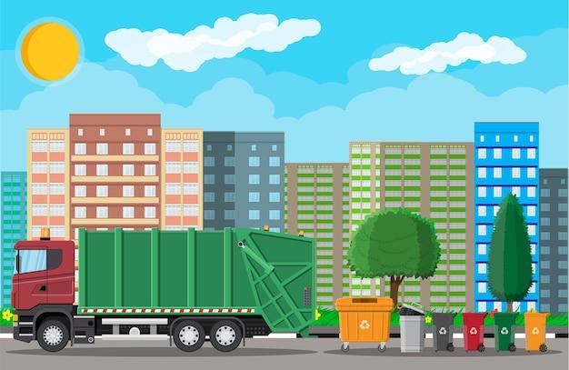 Vrachtwagen voor montage, transportafval. verwijdering van auto-afval.