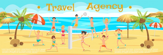 Vrienden spelen volleybal op zand.
