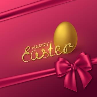 Vrolijk pasen glitter belettering met realistische 3d gouden ei en paarse strik.