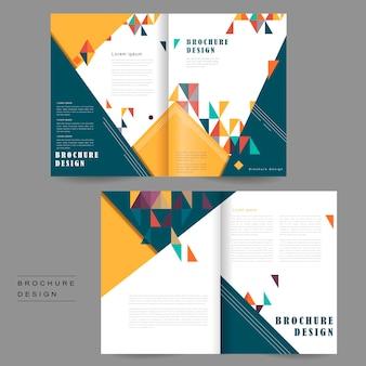 Vrolijk tweevoudig brochuresjabloonontwerp met driehoekenelement