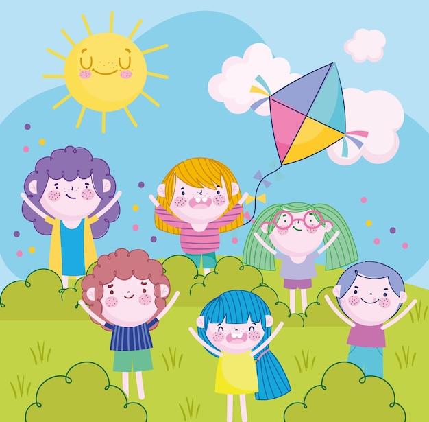 Vrolijke kleine meisjes en jongens met vlieger in het parkbeeldverhaal, kinderillustratie