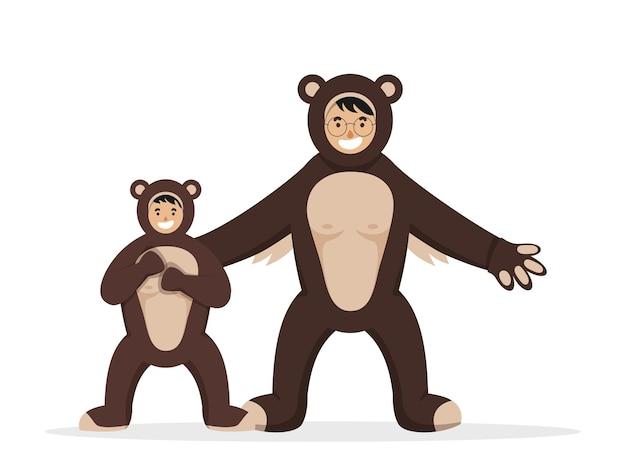 Vrolijke man en jongen dragen beer dier kostuum in staande pose.