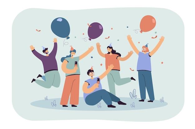 Vrolijke vrienden vieren samen op feestje geïsoleerde vlakke afbeelding. cartoon afbeelding