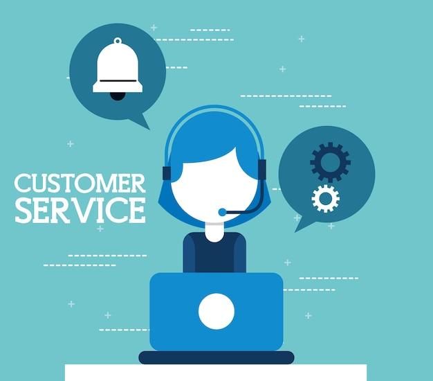 Vrouw agent callcenter werken in de laptop klantenservice
