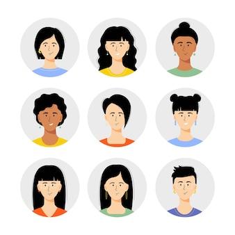 Vrouw avatar set vectorillustratie mooie jonge meisjes portret met verschillende kapsel