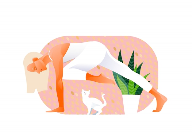 Vrouw beoefenen van yoga oefening, yoga pose. kat stoort. wit katje. internationale yogadag.
