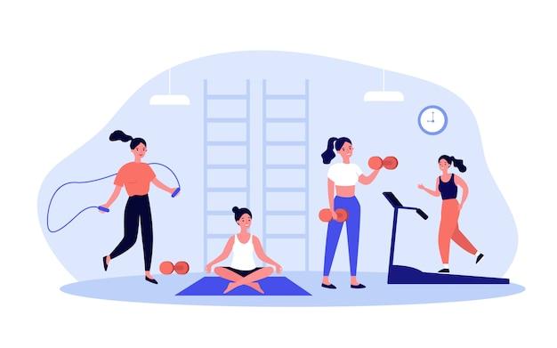 Vrouw die in geschiktheidsclub of gymnastiek uitoefenen