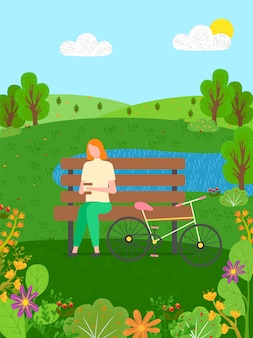 Vrouw die op bank na lange rit op fiets rusten