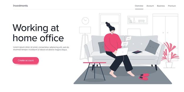 Vrouw die thuiskantoor op bank met laptop werkt