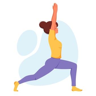 Vrouw die yoga beoefent gezonde levensstijl ontspannen meditatie