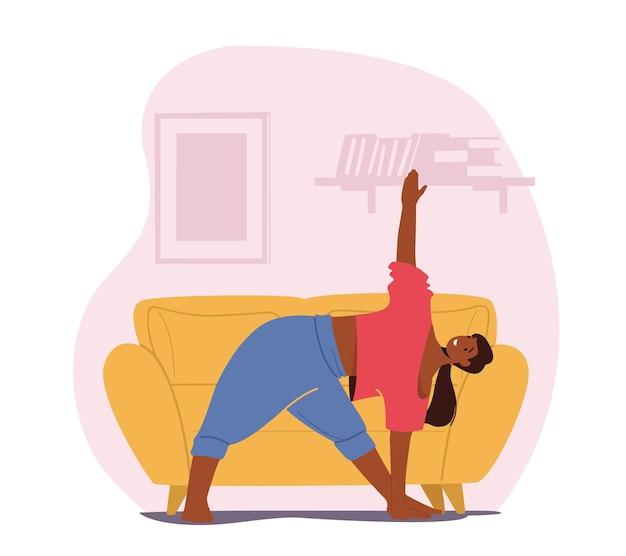 Vrouw doet rek- of yoga-oefeningen thuis