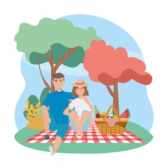 Vrouw en man met wijnfles en watermeloen Gratis Vector