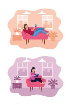 Vrouw in de woonkamer, met behulp van smartphone en het lezen van een boek