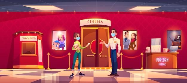 Vrouw in masker bezoekt bioscoop tijdens covid-epidemie. jong meisje met popcorn geven ticket aan gemaskerde man controller voorkant hal ingang in bioscoop lobby met kassa, tekenfilm.