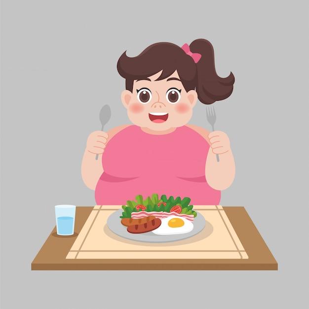 Vrouw klaar om voedsel, salade, worst, groente te eten