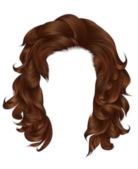 Vrouw lange haren rode kleuren.