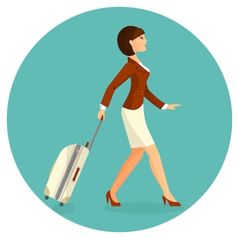 Vrouw met koffer gaat in luchthaventerminal.
