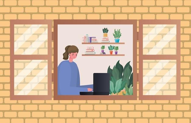 Vrouw met laptop die bij vensterontwerp van het thema werk vanuit huis werkt