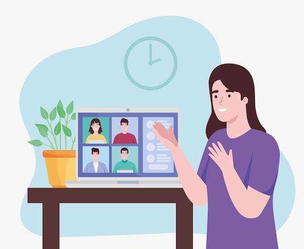 Vrouw met mensen in virtuele conferentie