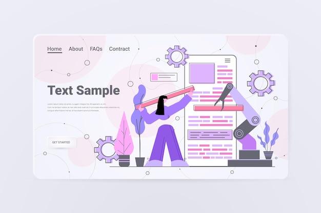 Vrouw ontwikkelaar met robot hand creëren mobiele website ui web applicatie ontwikkeling programma software optimalisatie concept horizontale kopie ruimte volledige lengte