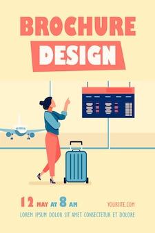 Vrouw raadpleging digitale vertrekbord in de sjabloon van de folder van de luchthaven