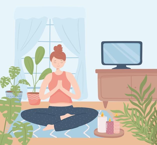 Vrouw yoga ontspannen in huis