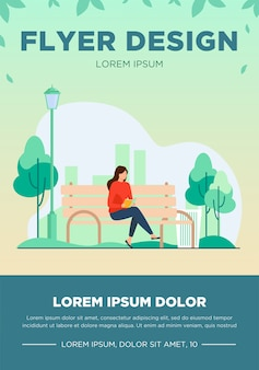 Vrouw zittend op een bankje en leesboek. park, stad, ontspanning platte vectorillustratie. weekend en natuurconcept
