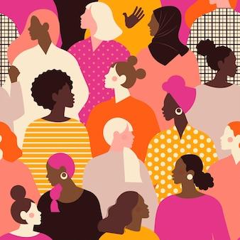Vrouwelijke diverse gezichten van verschillend etniciteit naadloos patroon.
