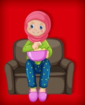 Vrouwelijke moslimbeeldverhaal op karakter dat popcorn eet