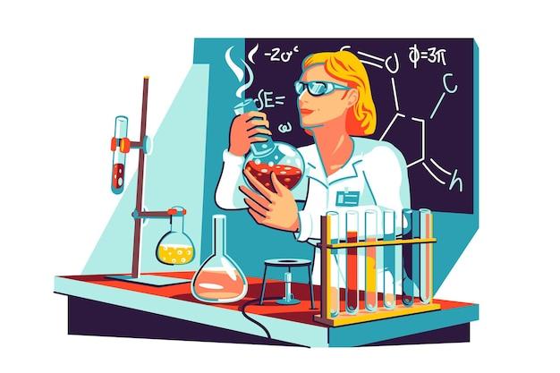 Vrouwelijke wetenschapper in jas in lab