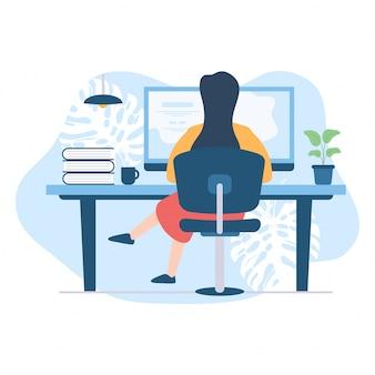 Vrouwen concentreren zich op het werken met een computer