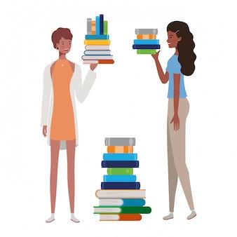 Vrouwen die zich met stapel boeken bevinden