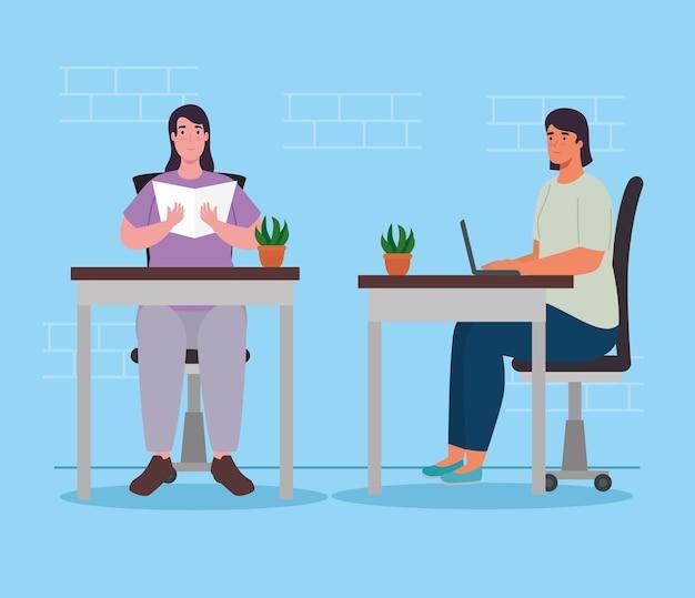 Vrouwen met laptop en lezen aan bureaus ontwerp van activiteit en vrije tijd