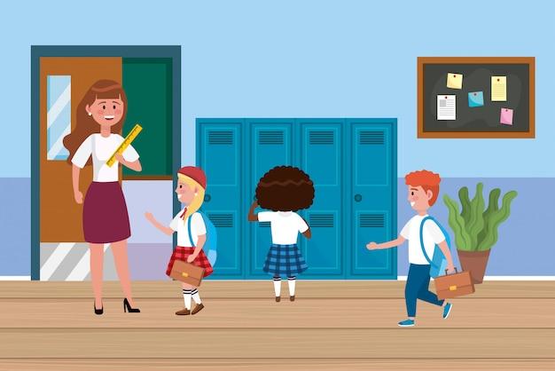 Vrouwenleraar met meisjes en jongensstudenten met kasten