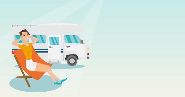 Vrouwenzitting als voorzitter voor kampeerautobestelwagen.