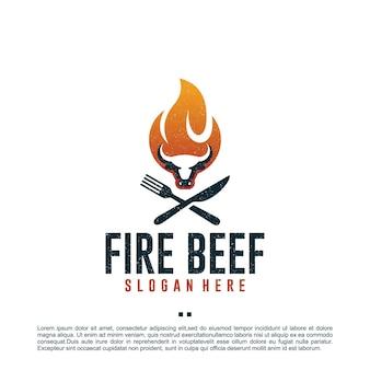 Vuurrundvlees, koe, logo-ontwerpsjabloon