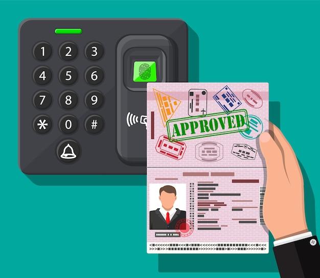 Wachtwoord en vingerafdrukbeveiligingsapparaat op kantoor of thuisdeur