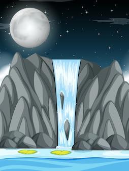 Waterval bij nachtscène