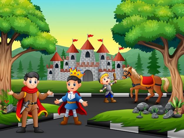 Weinig ridder vecht tegen een paard om de prins te beschermen