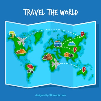 Wereldkaart en reiselementen met plat ontwerp