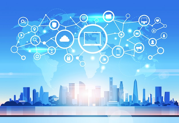 Wereldkaart laptop pictogram database wolk beveiliging netwerk futuristische interface gegevens privacy verbinding concept skyline zonsondergang stadsgezicht
