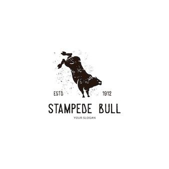 Wilde stier stampede dierlijke vintage logo